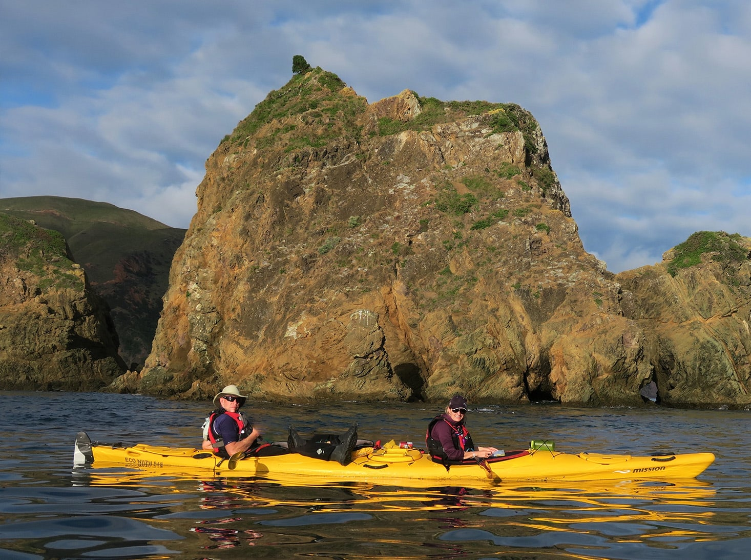 new-zealand-water-journey-kayaking