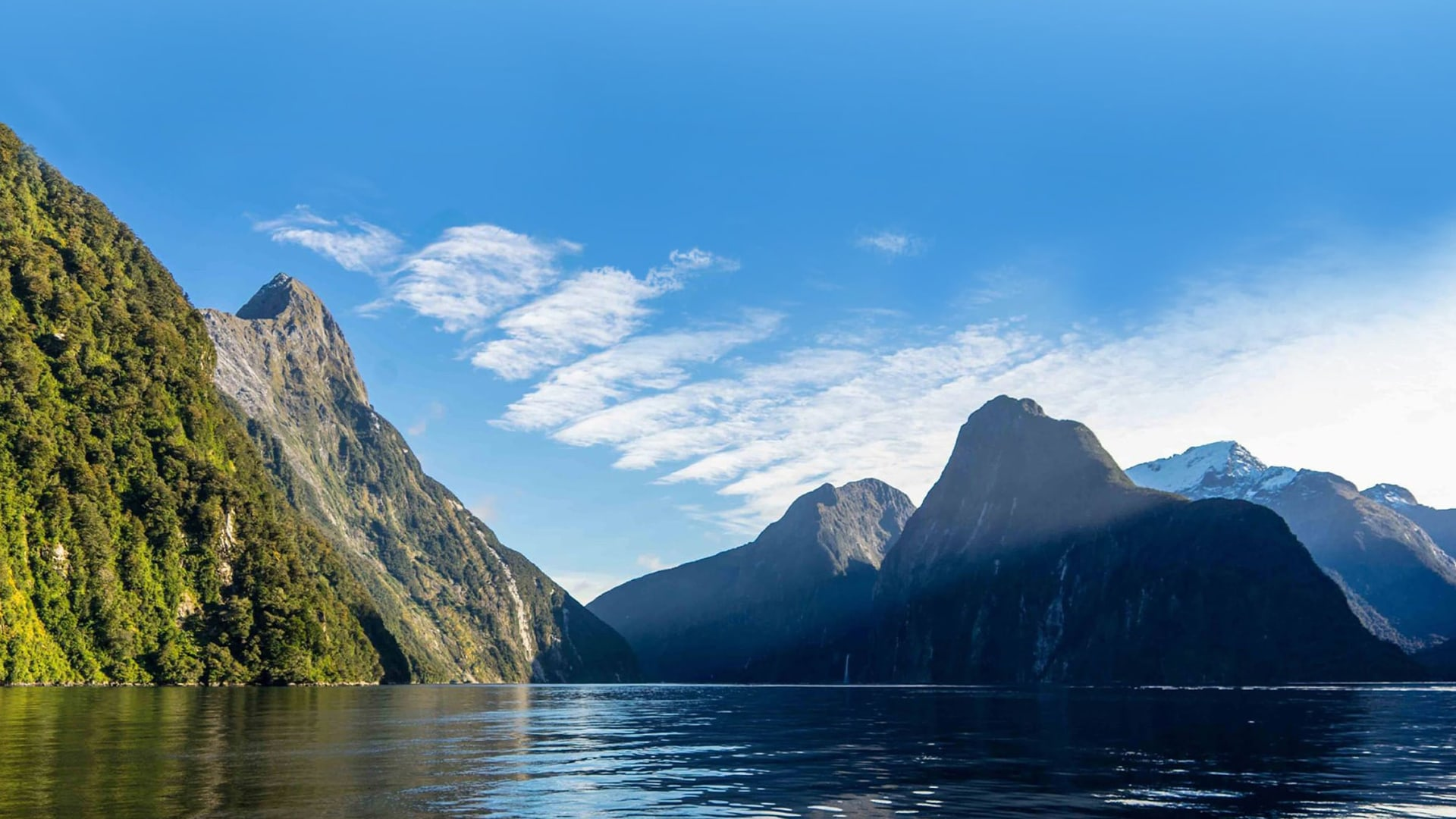 new-zealand-water-journey-milford-sounds