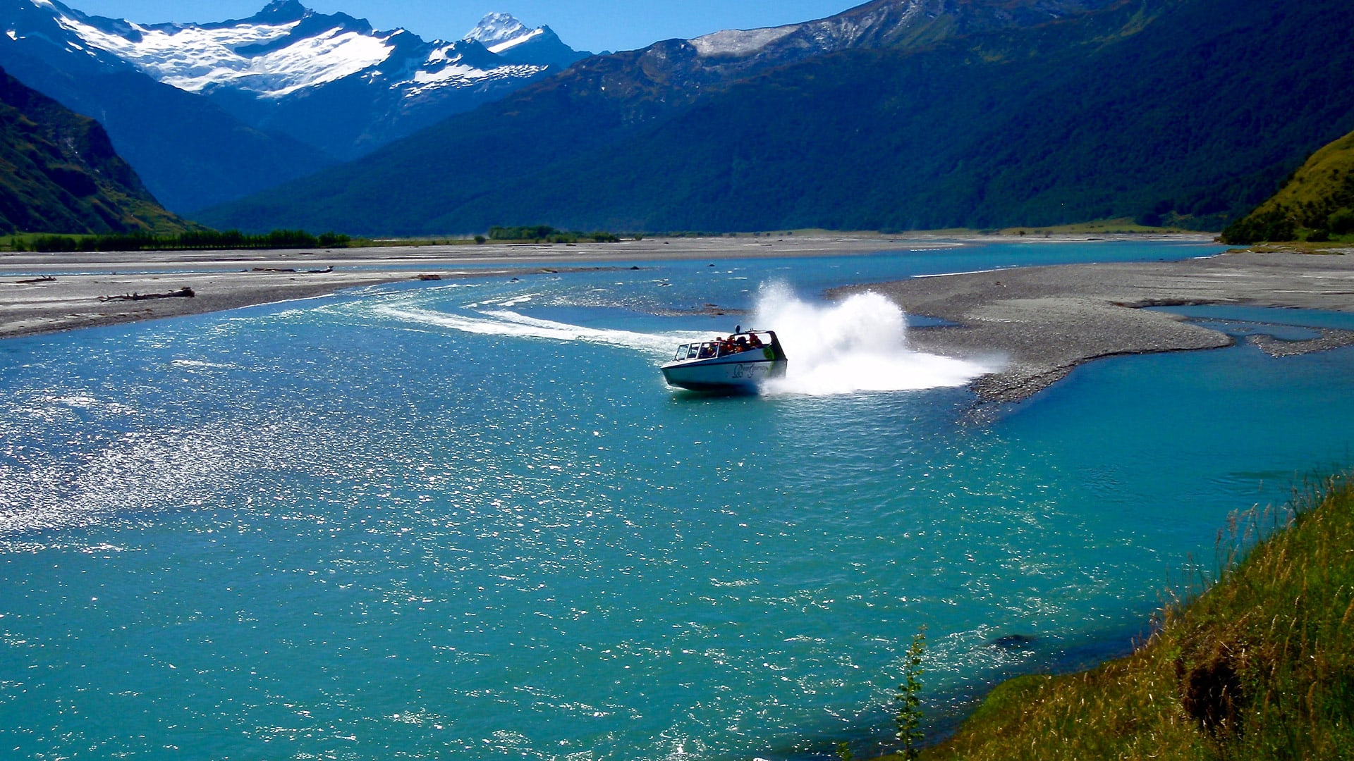 new-zealand-water-journey-jet-boating